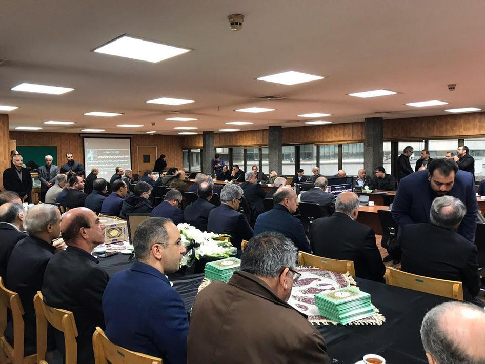 (تصاویر) استقبال از پیکر مدیر عامل تامین اجتماعی در تهران - 11