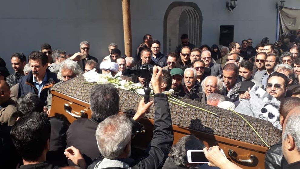 (تصاویر) چهرهها در مراسم تشییع خشایار الوند - 18