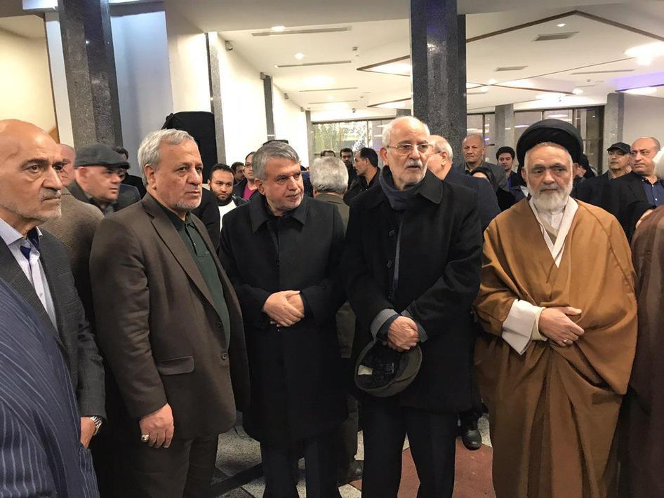 (تصاویر) استقبال از پیکر مدیر عامل تامین اجتماعی در تهران - 10
