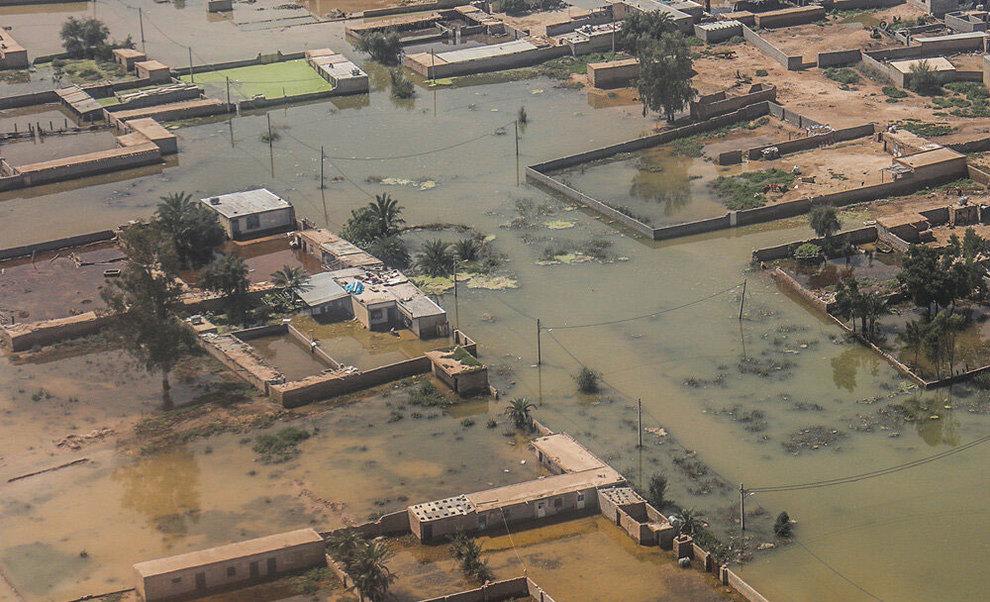 (تصاویر) بازدید هوایی وزیر کشور از مناطق سیلزده خوزستان - 13