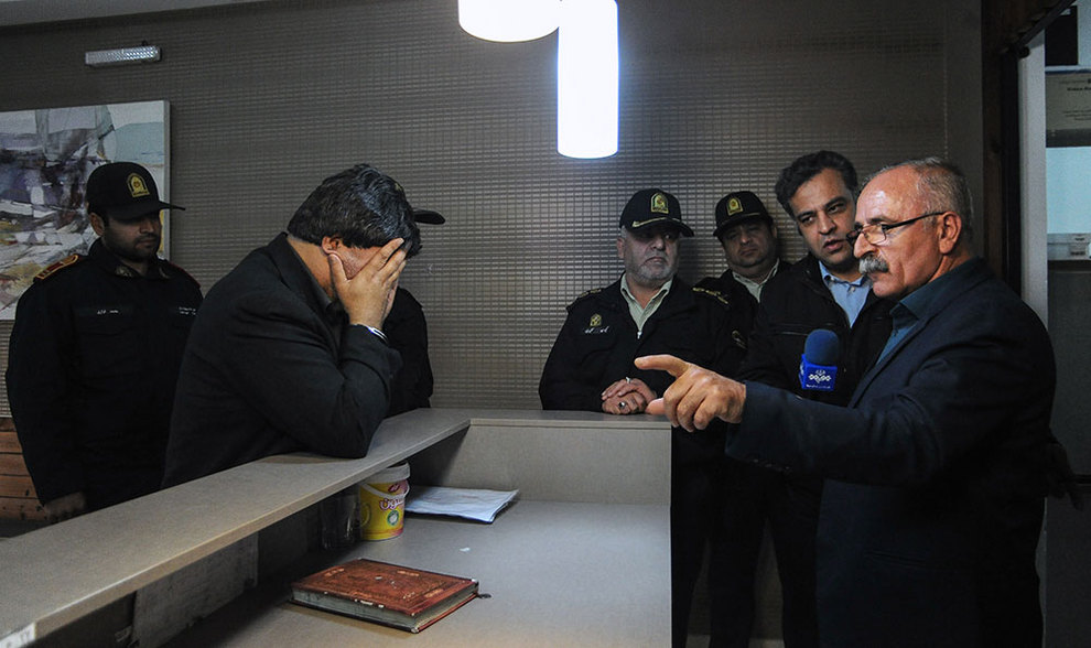 (تصاویر) سرقت مسلحانه میلیاردی از خانه لوکس - 26