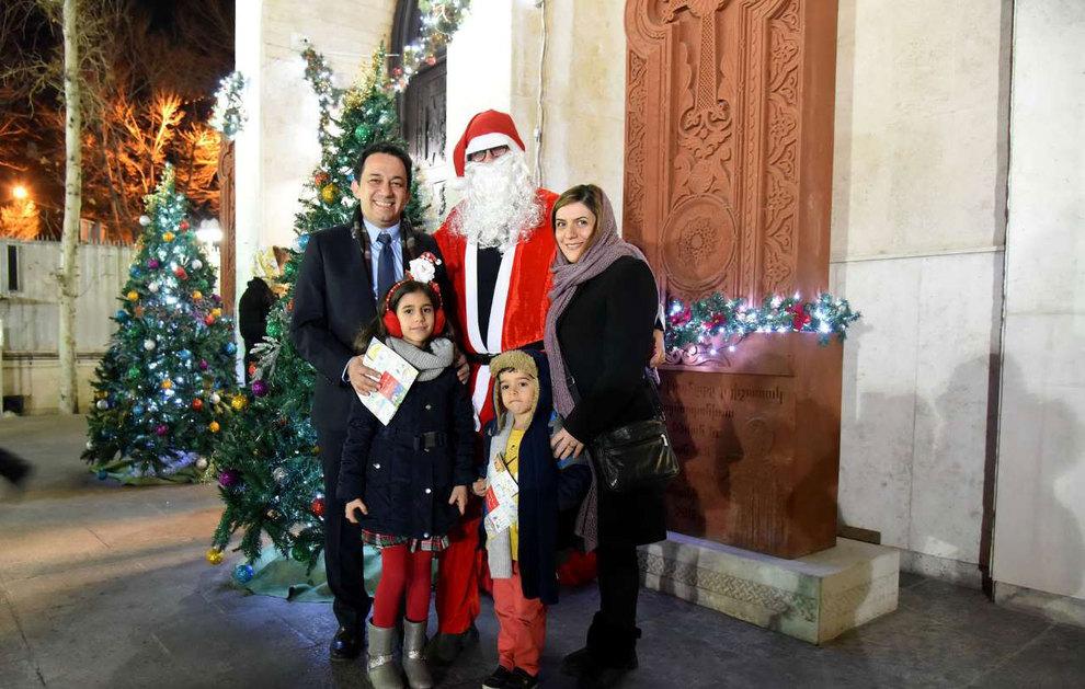 (تصاویر) آغاز سال نو در کلیسای سرکیس مقدس تهران - 12