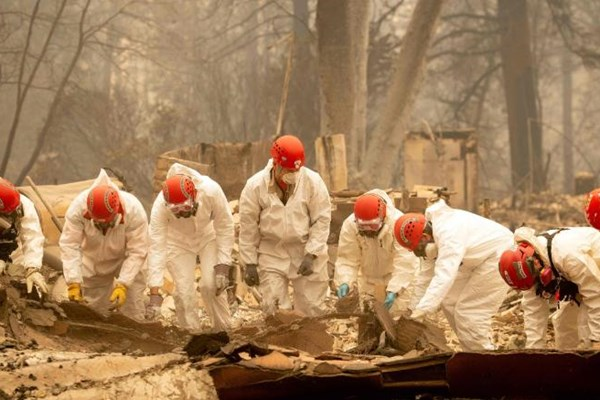 تلفات آتشسوزی کالیفرنیا به 74 کشته و 1011 مفقود افزایش یافت - 7