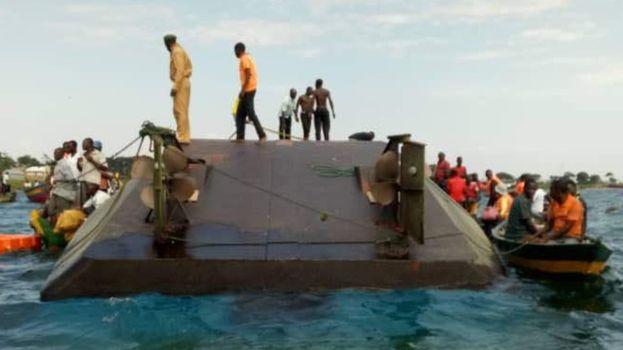 واژگونی قایق در تانزانیا با  مرگ دستکم ۴۴ نفر - 9