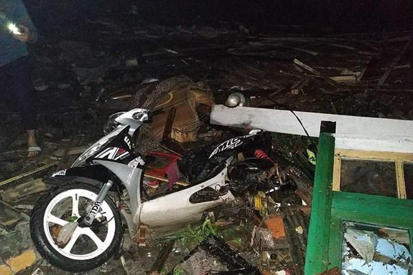 سونامی در اندونزی 62 کشته،  600  مجروح و 20  مفقود برجای گذاشت - 3