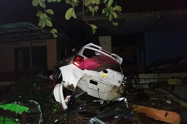 سونامی در اندونزی 62 کشته،  600  مجروح و 20  مفقود برجای گذاشت - 4