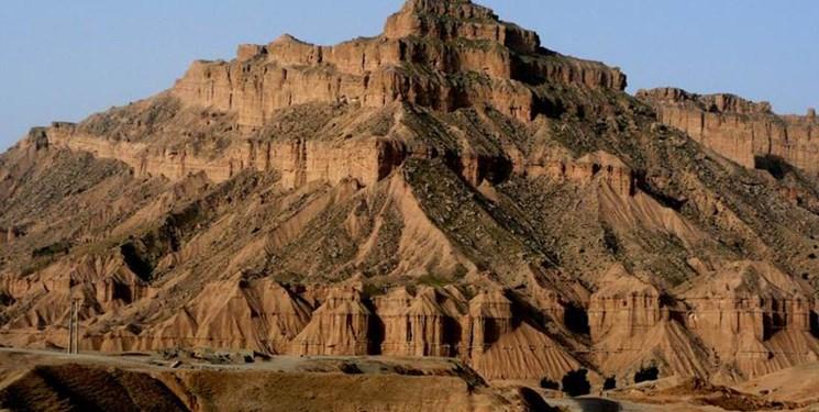 بام نفتی ایران منتظر گردشگران نوروزی است