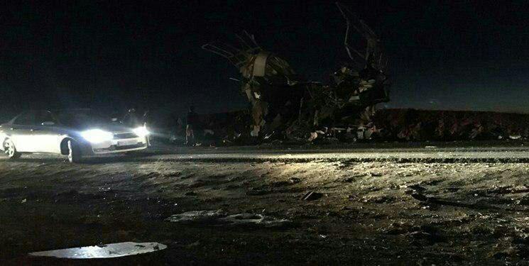 جزئیات حمله انتحاری به اتوبوس پرسنل سپاه در جاده خاش-زاهدان/ ۲۳ شهید و ۱۷ مجروح تا این لحظه + عکس و فیلم - 30