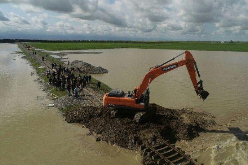 مسیرانتقال آب آق قلا تاثیری بر روند سیلاب گمیشان ندارد
