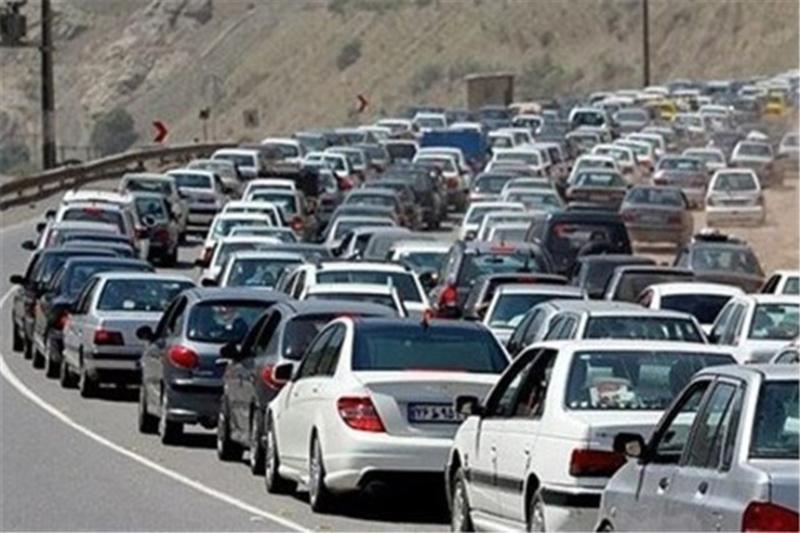 ترافیک در چهار مسیر ارتباطی استان زنجان سنگین است