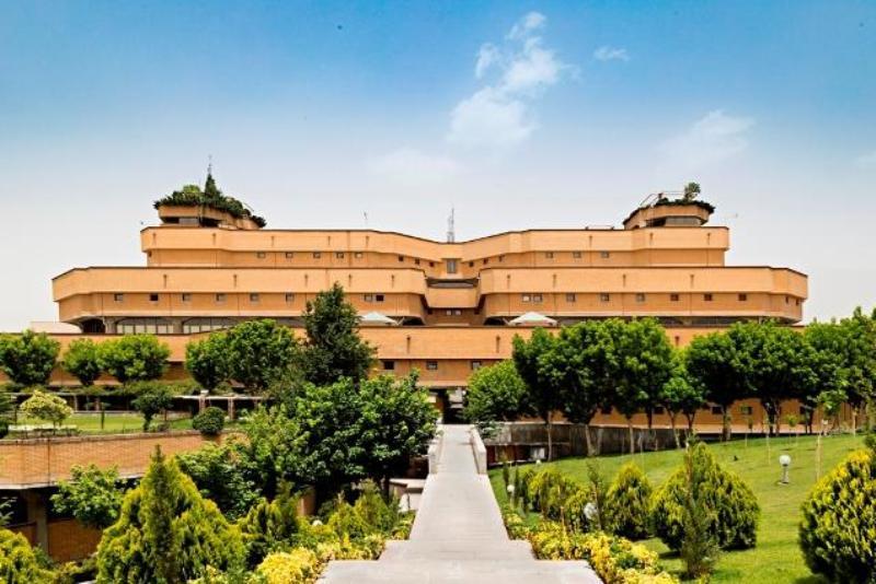 کتابخانه ملی فقط در نخستین روز سال جدید تعطیل است