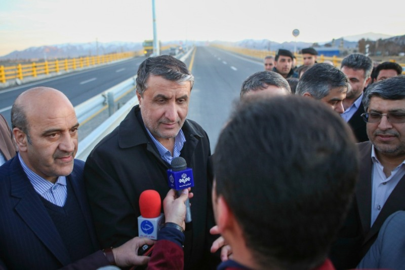 آزاد راه اراک - خرم آباد سال آینده زیر بار ترافیک میرود