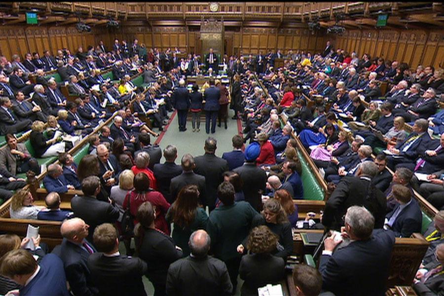 پارلمان انگلیس به تعویق برگزیت رای داد