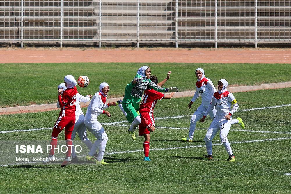 دیدار دوستانه  فوتبال جوانان دختر ایران و اردن (تصاویر) - 11