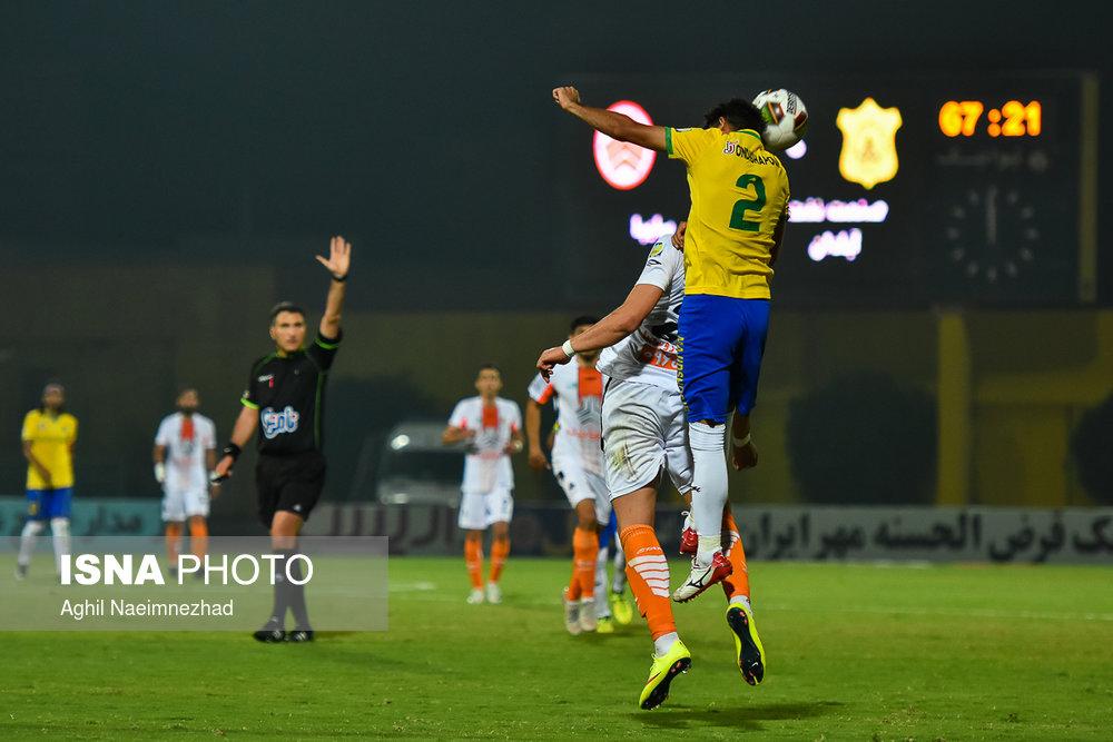 یک چهارم نهایی جام حذفی- دیدار تیمهای فوتبال صنعت نفت آبادان و سایپا - 15