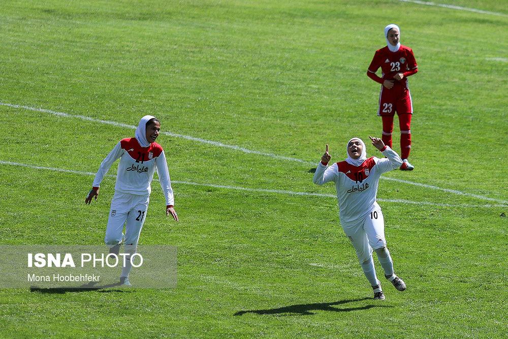 دیدار دوستانه  فوتبال جوانان دختر ایران و اردن (تصاویر) - 31