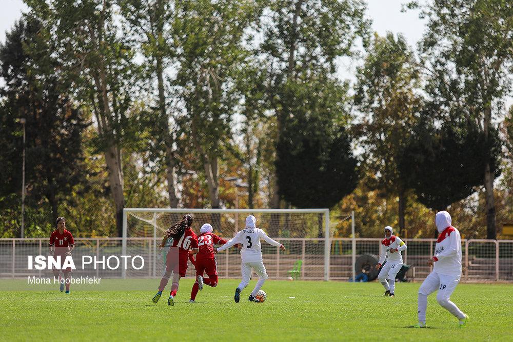 دیدار دوستانه  فوتبال جوانان دختر ایران و اردن (تصاویر) - 21