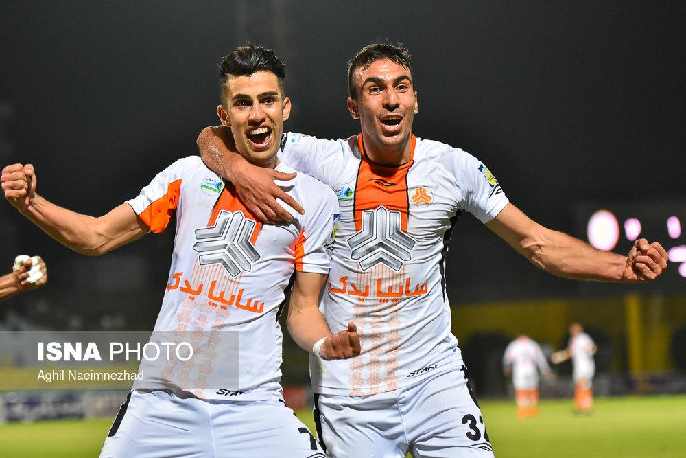 یک چهارم نهایی جام حذفی- دیدار تیمهای فوتبال صنعت نفت آبادان و سایپا - 29