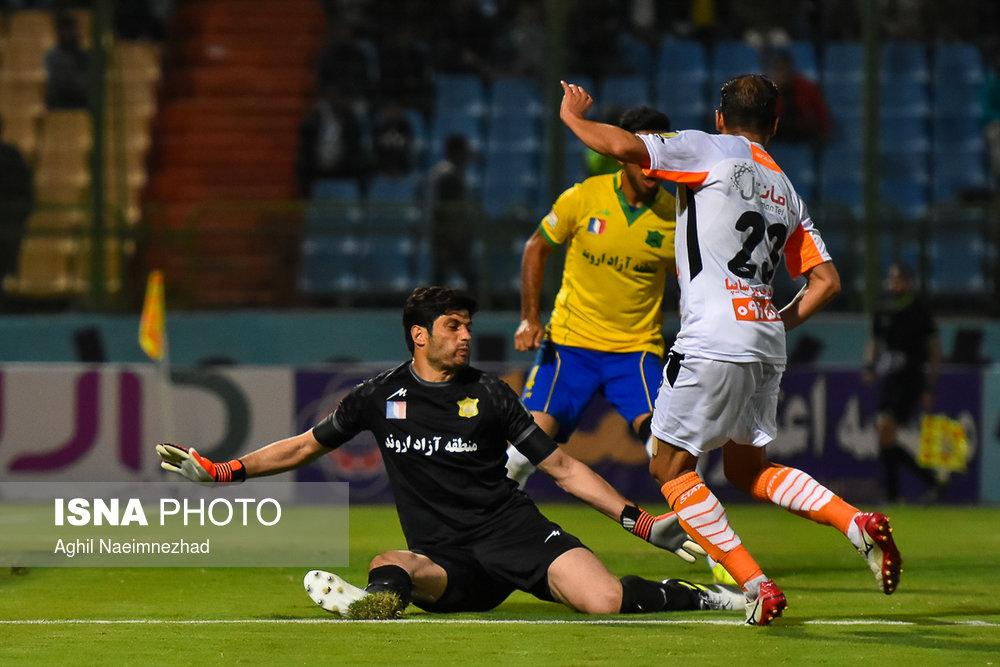 یک چهارم نهایی جام حذفی- دیدار تیمهای فوتبال صنعت نفت آبادان و سایپا - 20