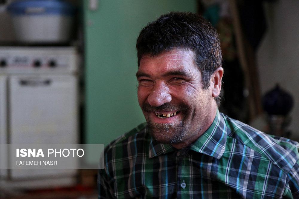 /۱۲ آذر ، روز جهانی معلولان/دستانی که میلرزد، دلی که آرام است - 5