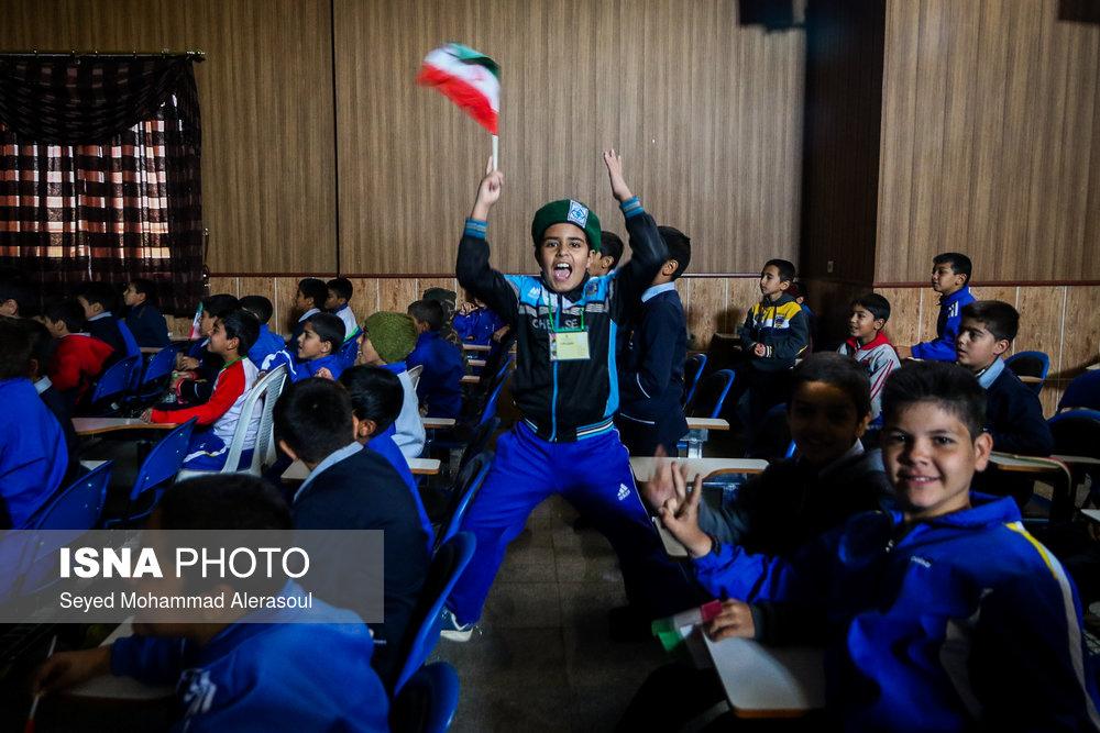 تماشای بازی پرسپولیس و کاشیما آنتلرز ژاپن در مدارس مشهد - 8