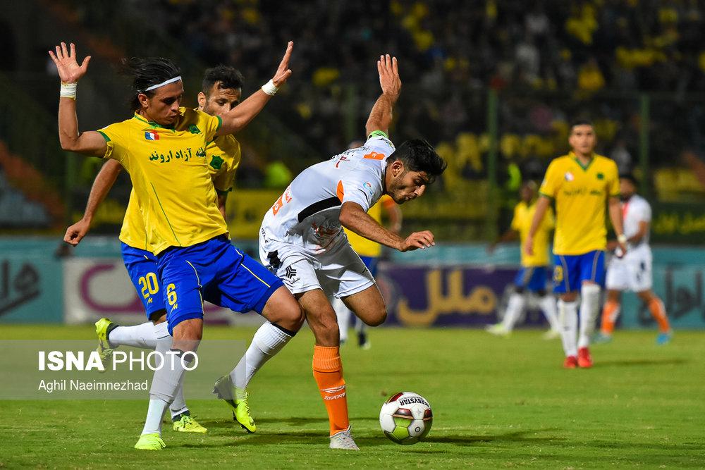 یک چهارم نهایی جام حذفی- دیدار تیمهای فوتبال صنعت نفت آبادان و سایپا - 23
