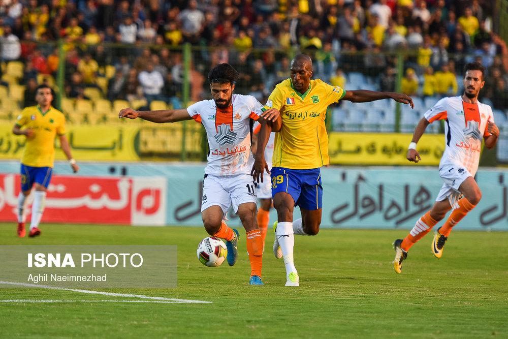 یک چهارم نهایی جام حذفی- دیدار تیمهای فوتبال صنعت نفت آبادان و سایپا - 6