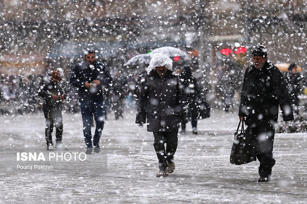 بارش سنگین برف در همدان - 0