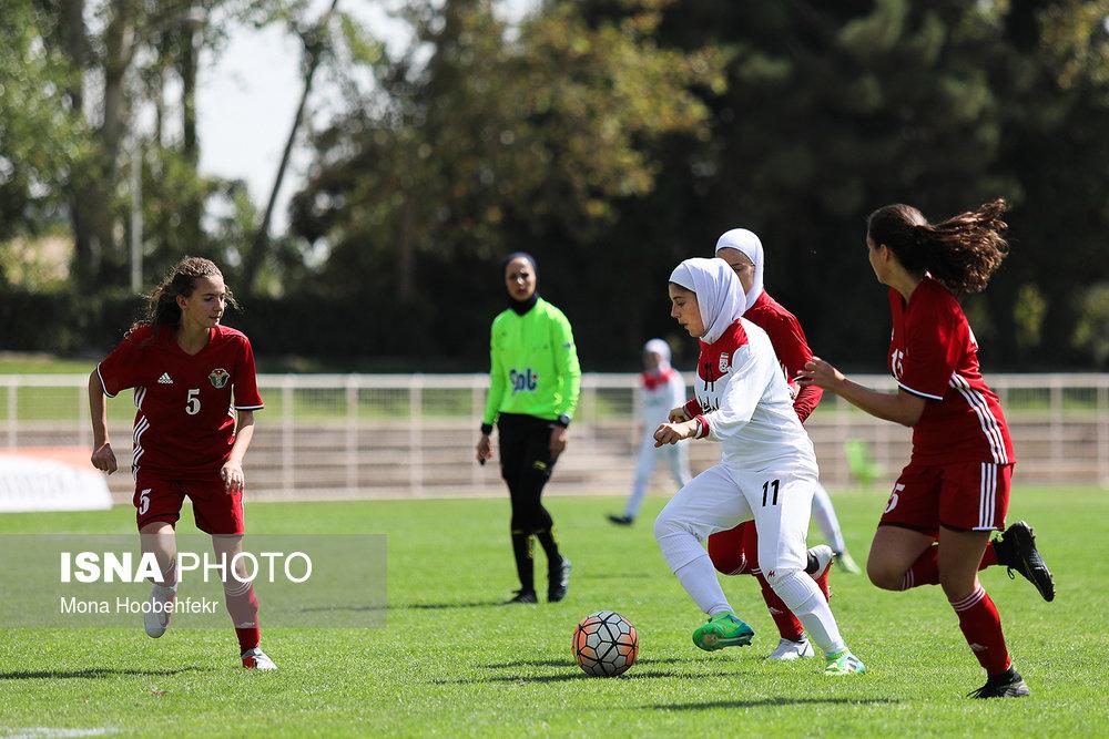 دیدار دوستانه  فوتبال جوانان دختر ایران و اردن (تصاویر) - 26