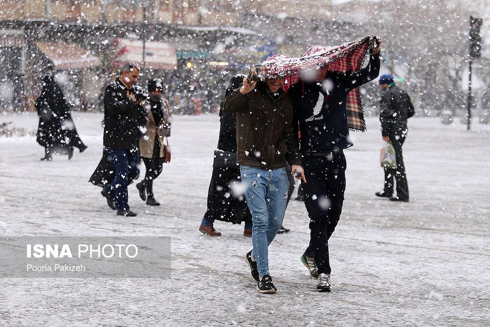 بارش سنگین برف در همدان - 2