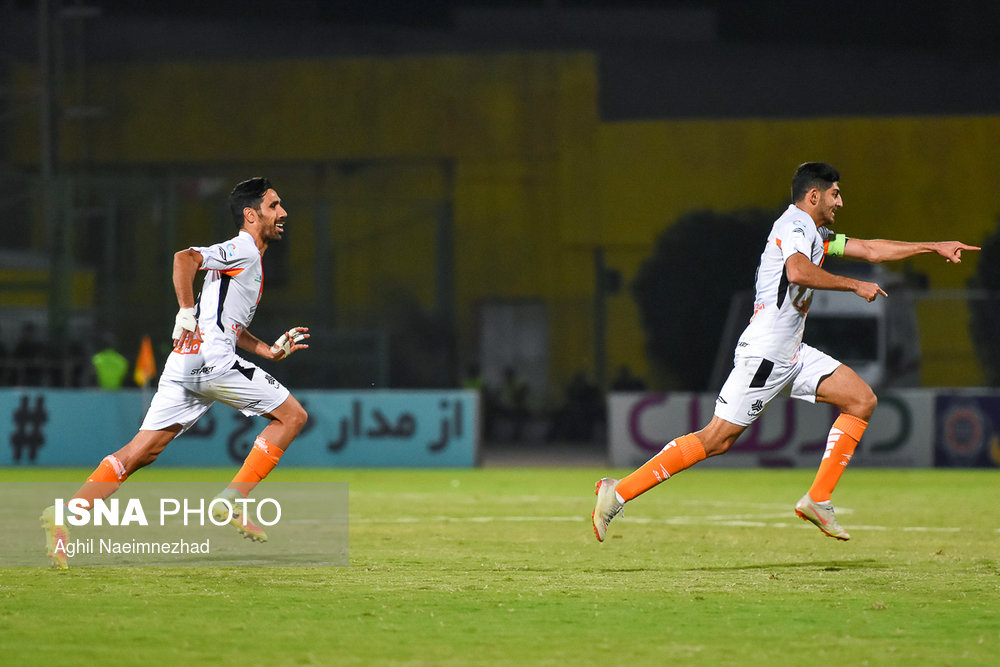 یک چهارم نهایی جام حذفی- دیدار تیمهای فوتبال صنعت نفت آبادان و سایپا - 25