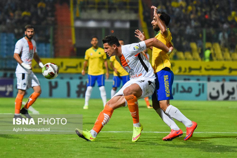 یک چهارم نهایی جام حذفی- دیدار تیمهای فوتبال صنعت نفت آبادان و سایپا - 16