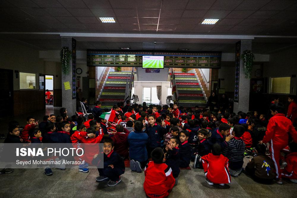 تماشای بازی پرسپولیس و کاشیما آنتلرز ژاپن در مدارس مشهد - 10
