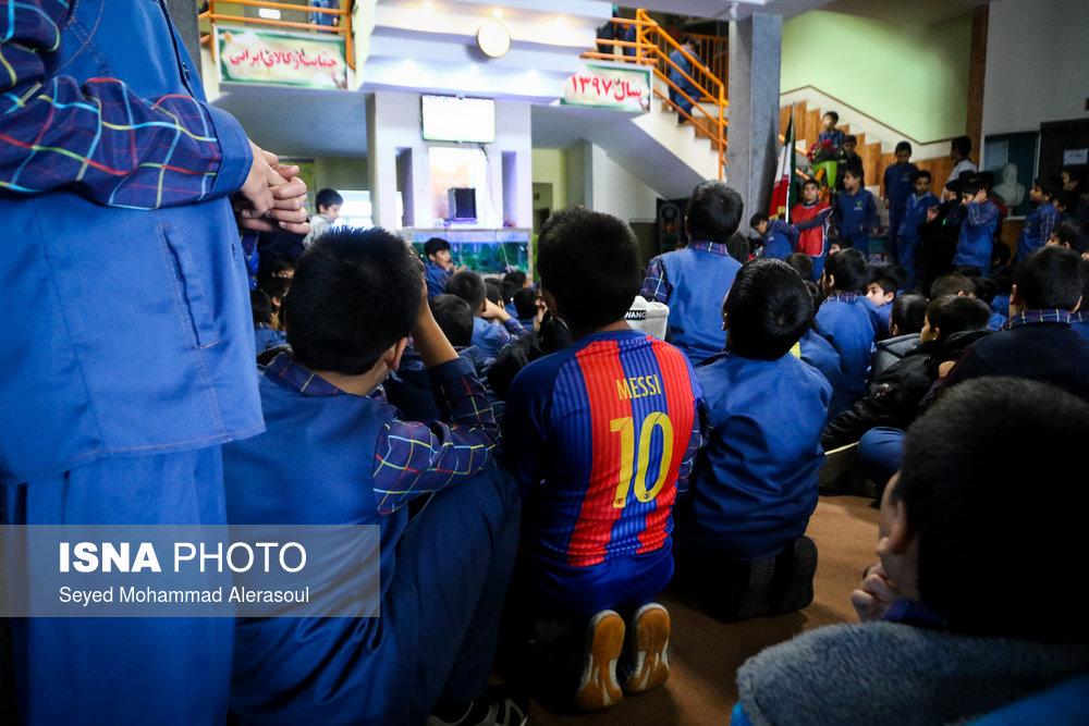 تماشای بازی پرسپولیس و کاشیما آنتلرز ژاپن در مدارس مشهد - 13