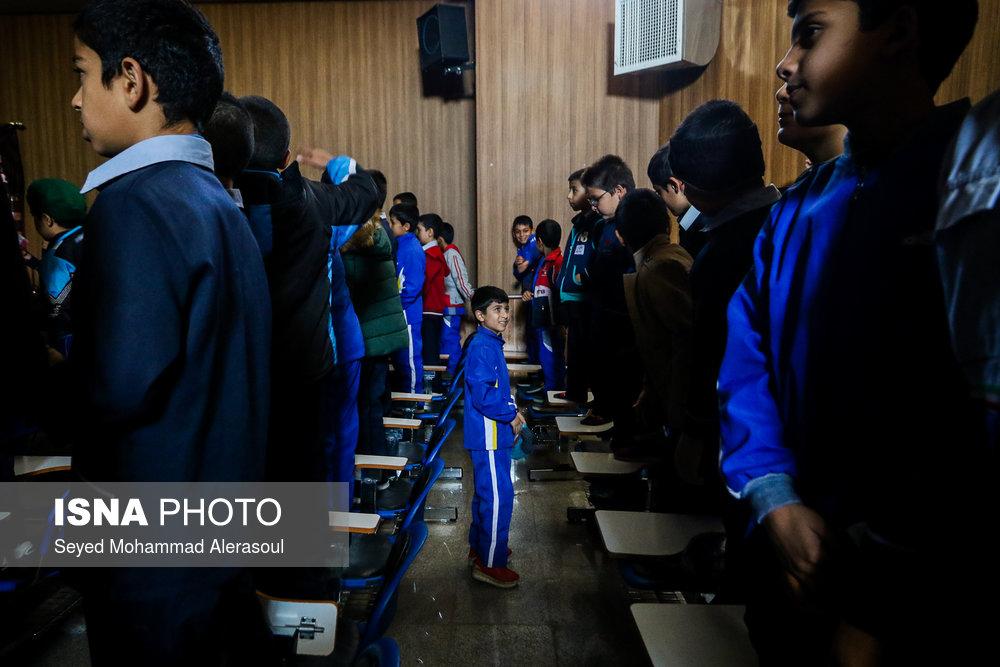 تماشای بازی پرسپولیس و کاشیما آنتلرز ژاپن در مدارس مشهد - 4