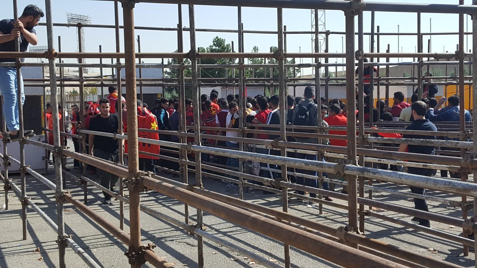 حاشیههای پیش از دیدار پرسپولیس ایران و السد قطر در ورزشگاه آزادی - 16