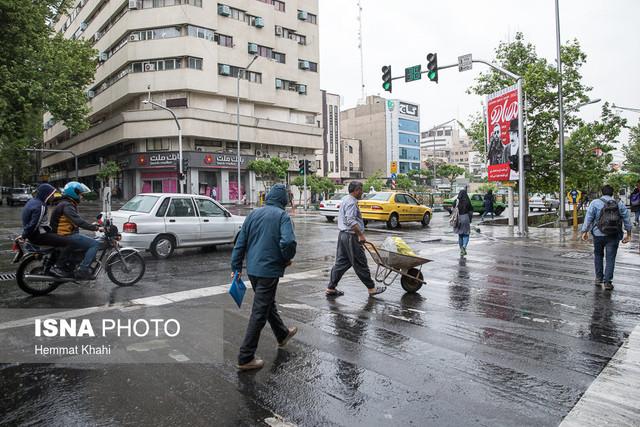 بزرگراه امام علی مسدود شد/ محدودیتهای ترافیکی تهران درپی بارشهای اخیر