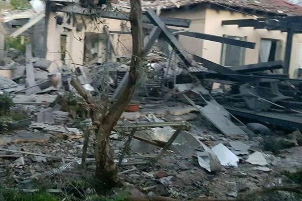 حمله موشکی به تلآویو/ حداقل ۷ صهیونیست زخمی شدند - 10