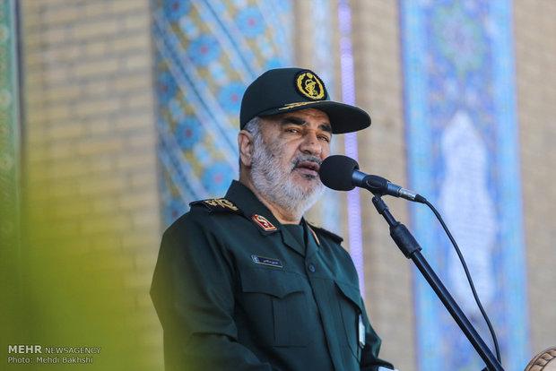 سال آینده سال «فتح مبین» جبهه اسلام علیه جبهه کفر است
