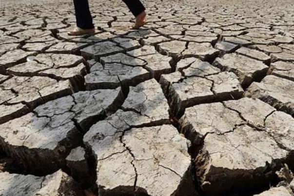 خشکیدگی ۲۰۰ منبع آبی در روستاهای استان یزد/بحران آب جدی است