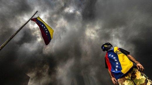 تداوم بحران در ونزوئلا/ مردم پول ملی را از مبادلات خود کنار گذاشتند
