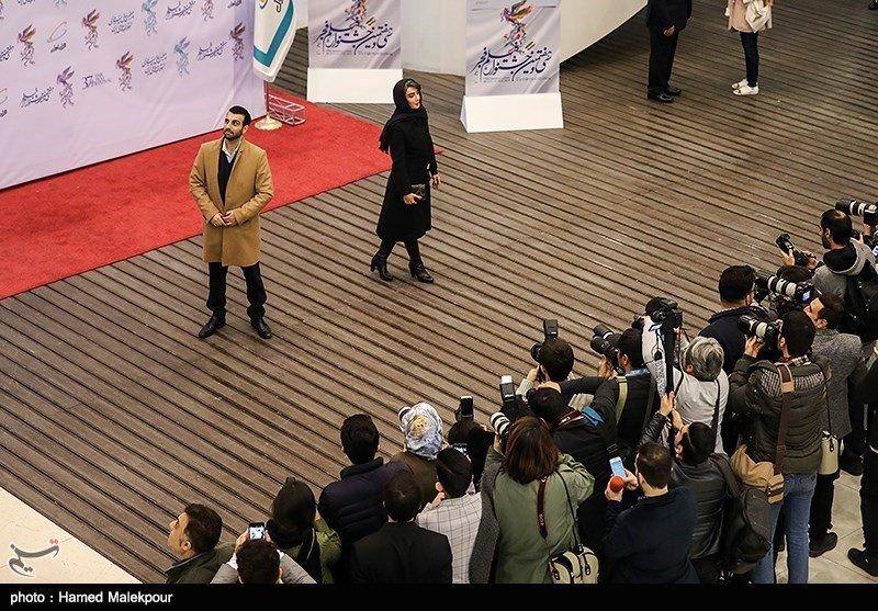 تصاویر | بازیگران سینما روی فرش قرمز جشنواره فجر - 11
