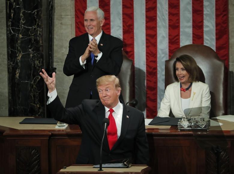 سخنرانی سالیانه ترامپ در کنگره؛ از شعار مرگ بر آمریکا تا حمله به روسیه و چین + تصاویر - 20