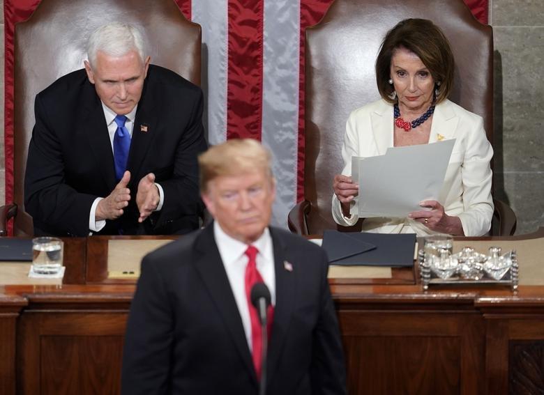 سخنرانی سالیانه ترامپ در کنگره؛ از شعار مرگ بر آمریکا تا حمله به روسیه و چین + تصاویر - 4