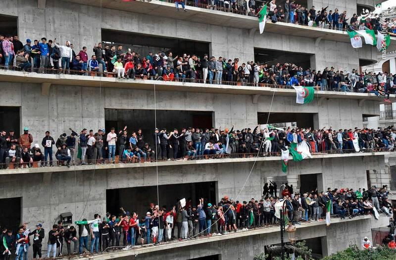 عکس/ ادامه ناآرامیها در خیابانهای الجزایر - 1