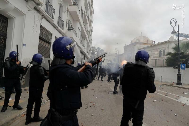 عکس/ ادامه ناآرامیها در خیابانهای الجزایر - 3