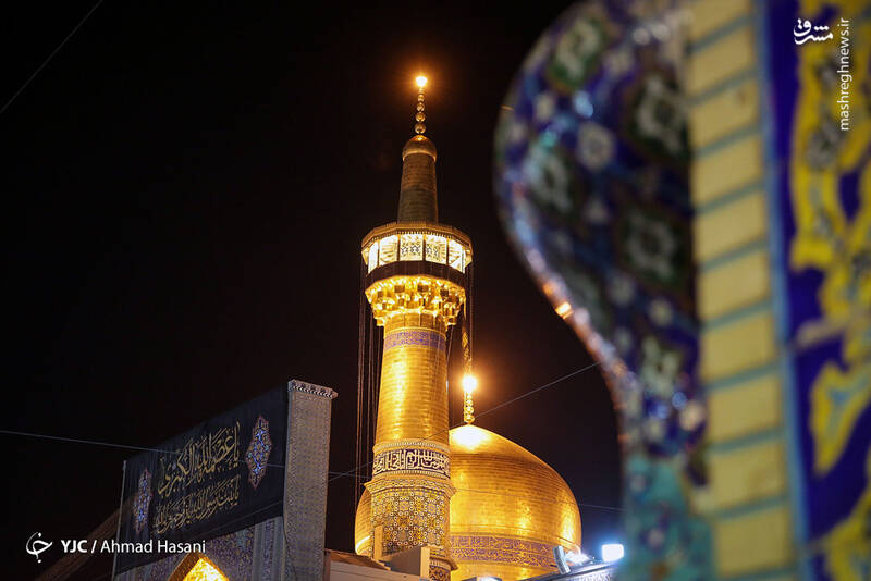 عکس/ شب شهادت حضرت زهرا (س) در حرم مطهر رضوی - 17
