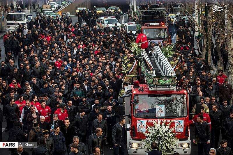 عکس/ تشییع پیکر آتشنشان شهید - 2