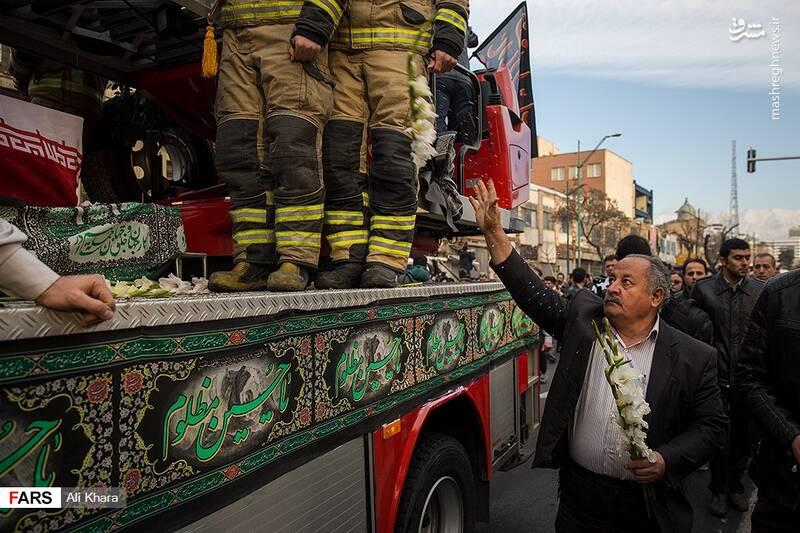 عکس/ تشییع پیکر آتشنشان شهید - 9