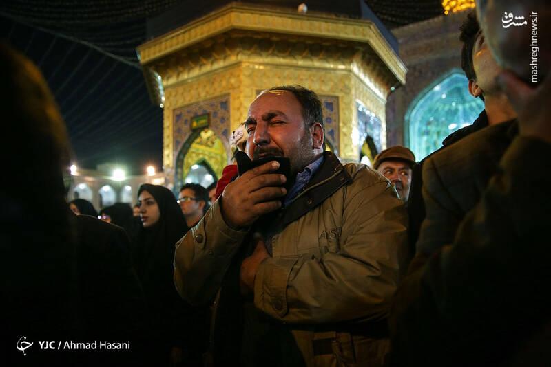 عکس/ شب شهادت حضرت زهرا (س) در حرم مطهر رضوی - 14
